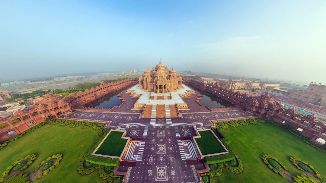 uploads/Beautiful-Akshardham-Temple-Panorama-Top-View-India-Indian-WallpapersByte-com-1920x1080.jpg