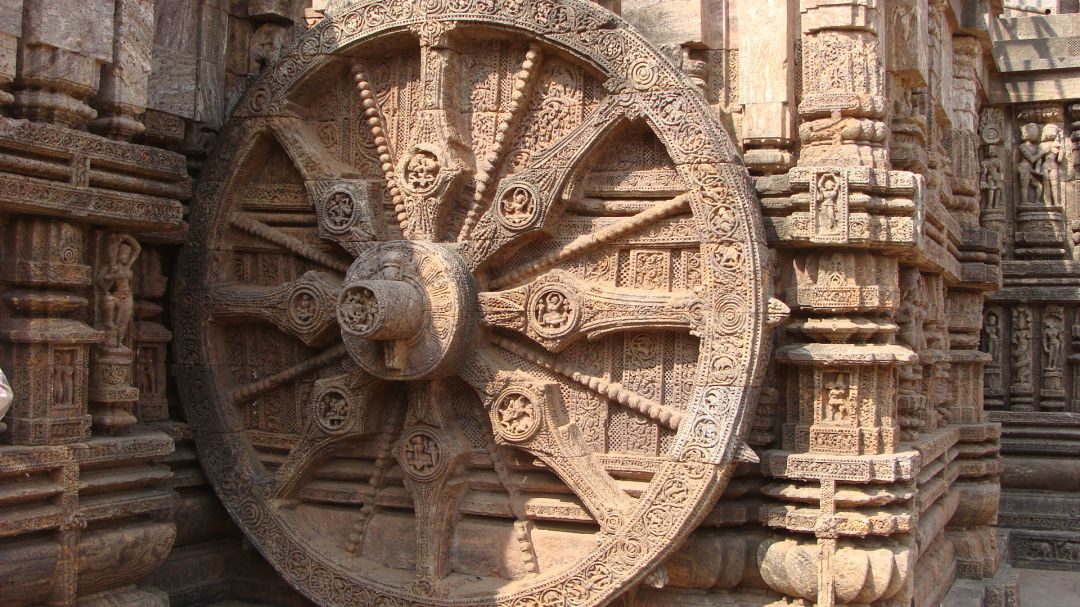 uploads/Chariot_Wheel_Konark_Sun_Temple.jpg